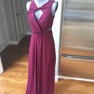 Burgundy gown, gorgeous details